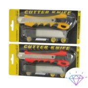 Нож канцелярский c дополнительными лезвиями 18 мм